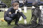 Der Soldat auf dem Grab (Staffel 1, Folge 21) – © RTL