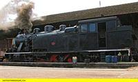 """SWR Fernsehen EISENBAHN-ROMANTIK FOLGE 632, """"Rauchzeichen über dem Douro - Bahnschätze in Portugal"""", am Montag (31.03.14) um 14:15 Uhr. Henschel-Lok in Regna – © SWR/Alexander Schweitzer"""