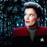 Star Trek – Raumschiff Voyager Logo Cover  – © Paramount