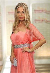 Russische Volkshochzeitsanzug - das Bild der Braut und