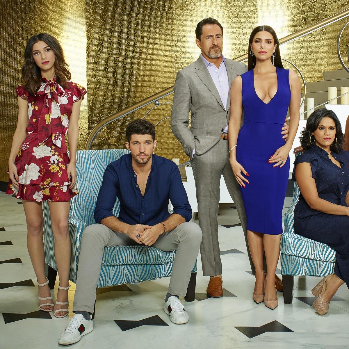 Grand Hotel Amerikanische Mystery Soap Findet Free Tv Heimat Sommer Serie Aus Miami Beach Soll Kalte Dezember Dienstage Aufhellen Tv Wunschliste