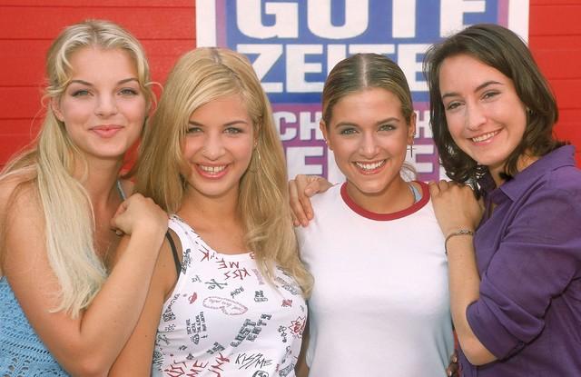 """""""GZSZ"""" im Jahr 2002: Julia Blum (Yvonne Catterfeld), Verena Koch (Susan Sideropoulos), Marie Balzer (Jeanette Biedermann) und Sandra Lemke (Maike von Bremen)"""