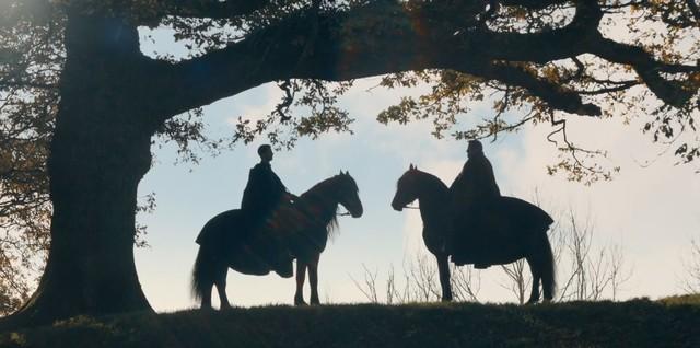 Matthew (Matthew Goode) und Philippe (James Purefoy) nehmen Abschied voneinander.