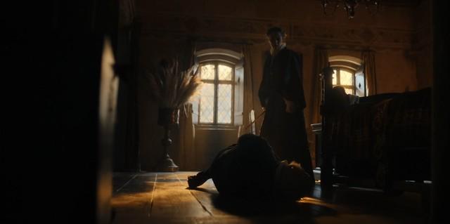 Diana (Teresa Palmer) setzt sich zur Wehr.