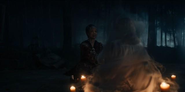 Em (Valarie Pettiford) versucht alles, um Diana zu schützen.
