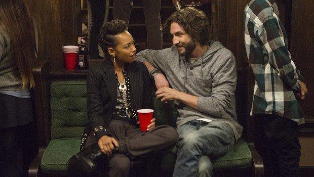 """Keine leichte Beziehung: Sam (Logan Browning) und Gabe (John Patrick Amedori) in """"Dear White People"""""""