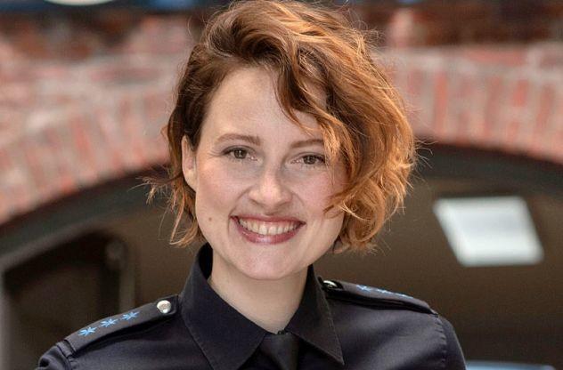 """Wanda Perdelwitz verlässt als Nina Sieveking das """"Großstadtrevier"""" mit der 35. Staffel."""