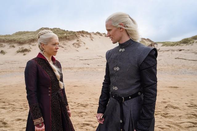 Nichte und Onkel: Rhaenyra Targaryen (Emma D'Arcy) soll beim Erbe ihres Vaters zugunsten ihres Onkels Daemon Targaryen (Matt Smith) außen vor bleiben.