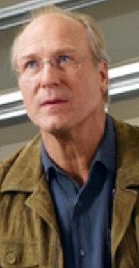 Sein Odi ist alles, was ihm blieb: Dr. George Milican (William Hurt)