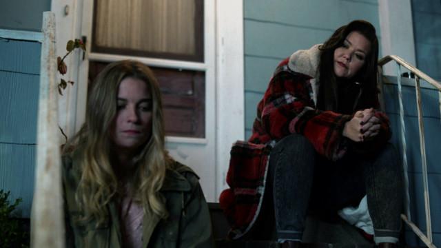 Interessantes Duo: Allison und ihre Nachbarin Patty (Mary Hollis Inboden)