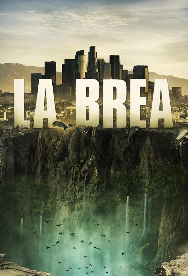 """Poster zur Serie """"La Brea"""" - oben Los Angeles, unten der Abgrund"""