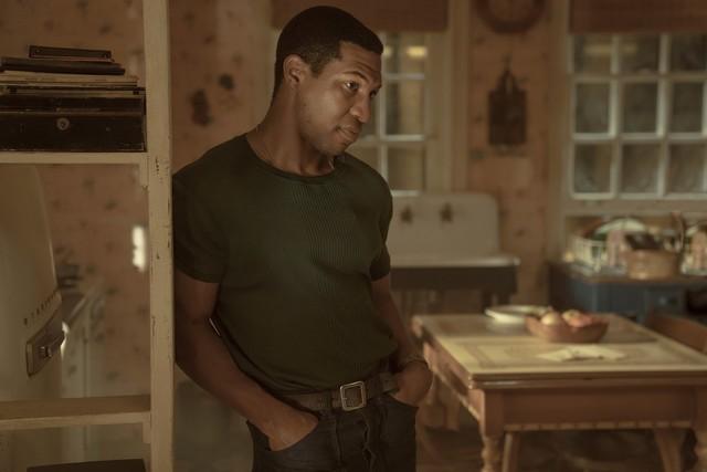 Sucht seinen Vater: Atticus Freeman (Jonathan Majors).