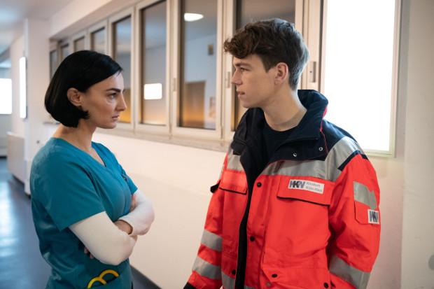 Nora (Mimi Fiedler) hat einen 16-jährigen Sohn (Elias Kaßner)