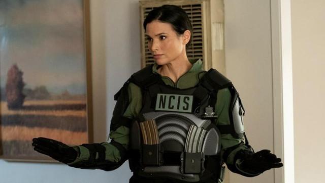 "Katrina Law (""Hawaii Five-0"") als Special-Agent Jessica Knight in ""Navy CIS"" Staffel 18."