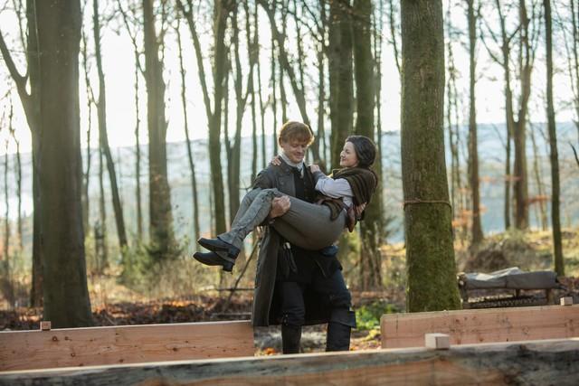 Claire (Caitriona Balfe) und Jamie (Sam Heughan) bauen sich ein neus Leben auf.