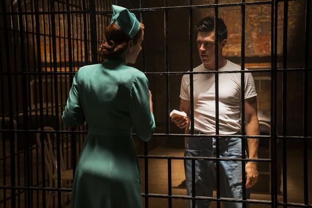 """Mildred Ratched (Sarah Paulson) und ihr Bruder Edmund (Finn Wittrock) in """"Ratched"""""""