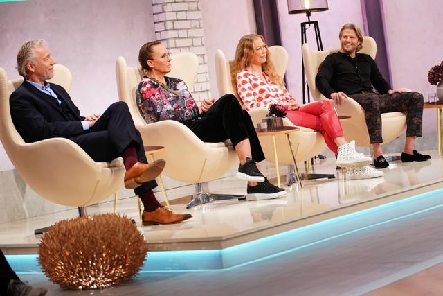 (v. l.) Dr. Matthias Krick, Natascha Ochsenknecht, Jenny Elvers und Paul Janke
