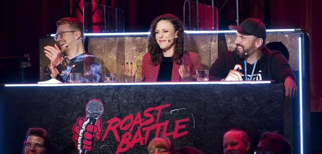 """""""Roast Battle"""""""