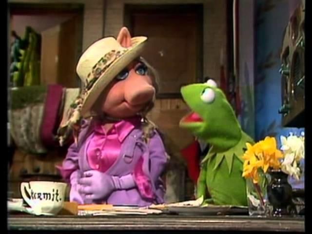 Das ewige (Alb-)Traumpaar der Muppets: Piggy und Kermit