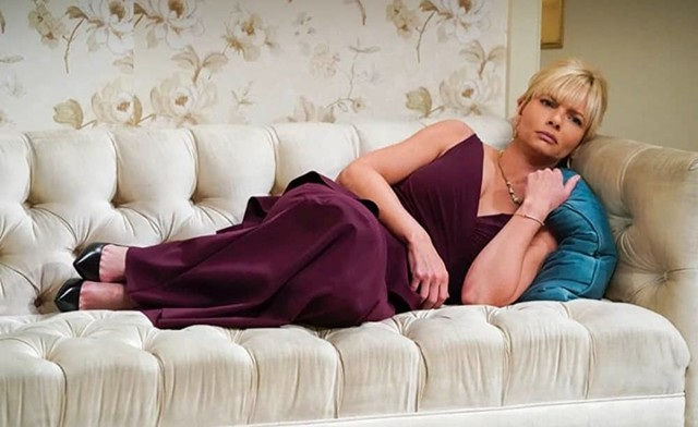 Jill (Jaime Pressly) fühlt sich nicht gut...