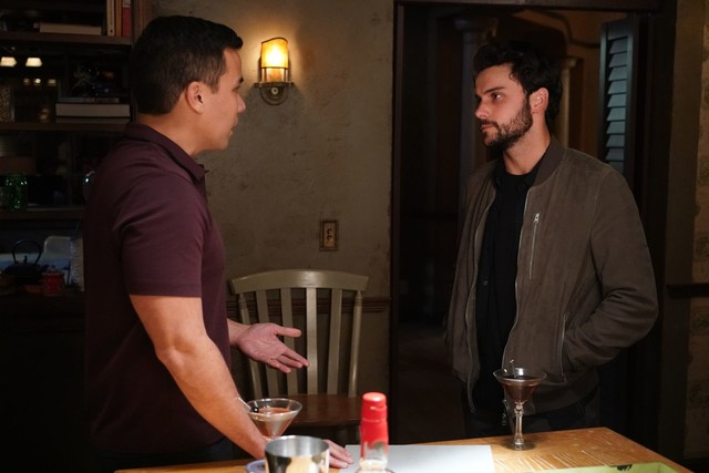 Connor (Jack Falahee) will seine Schuld begleichen.