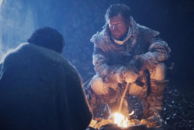 Bellamy (Bob Morley) und Doucette (Jonathan Scarfe) müssen zusammenarbeiten.