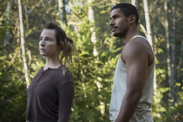 Hope (Shelby Flannery) und Gabriel (Chuku Modu) müssen sich in Geduld üben.