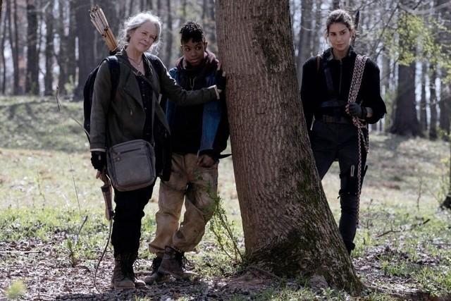 Carol (Melissa McBride), Kelly (Angel Theory) und Magna (Nadia Hilker)