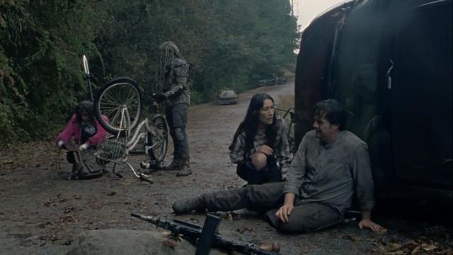 Eugene (Josh McDermitt) und seine Gruppe kommen schlecht voran.
