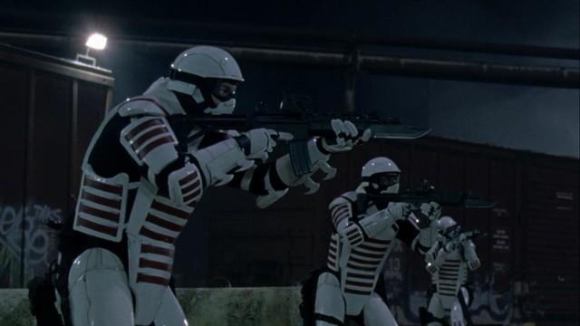 Eugene und Co machen erste Bekanntschaft mit einer schwerbewaffneten, neuen Gruppe.