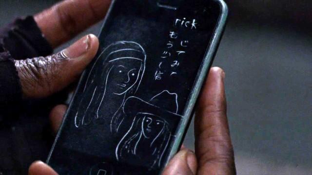 Die Zeichnung zeigt Michonne und Judith.