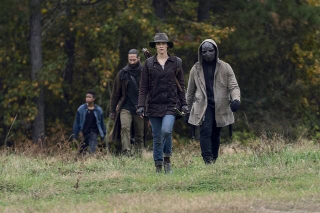 Die Gruppe bricht auf, um den Rest von Maggies (Lauren Cohan) Leuten abzuholen.