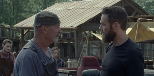 Aaron (Ross Marquand) kann Earl (John Finn) nicht von Marys (Thora Birch) ehrlichen Absichten überzeugen.