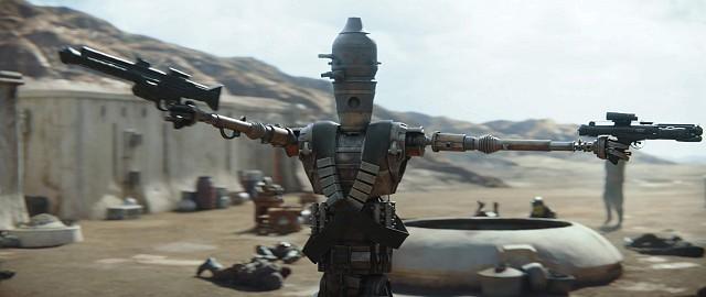 """IG-11 (gesprochen von Regisseur Taika Waititi, der etwa die """"Thor""""-Filme im MCU dreht.)"""