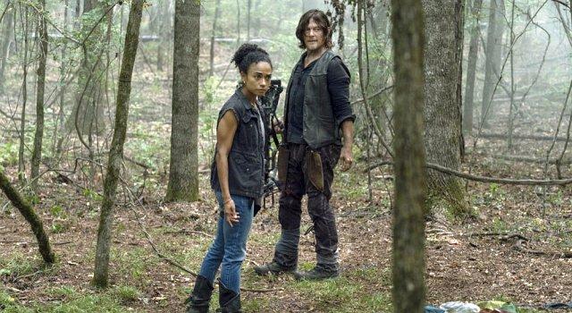 Connie (Lauren Ridloff) und Daryl (Norman Reedus) sind ein gutes Team.