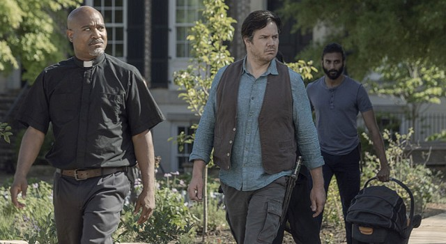 Gabriel (Seth Gilliam), Eugene (Josh McDermitt) und Siddiq (Avi Nash) nehmen ihre Pflichten als Väter sehr ernst