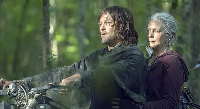 Daryl (Norman Reedus) und Carol (Melissa McBride) sind in Bezug auf die Grenzen der Whisperer geteilter Meinung.