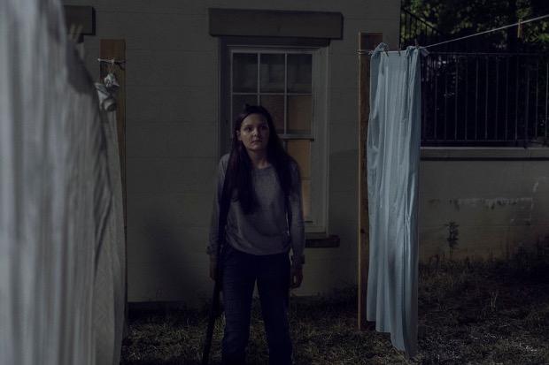 Lydia (Cassady McClincy) wird zur Zielscheibe.