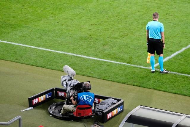 TVNOW zeigt ausgewählte Spiele aus dem Rechtepaket der Mediengruppe RTL Deutschland an der UEFA Europa League und der UEFA Europa Conference League live und exklusiv.