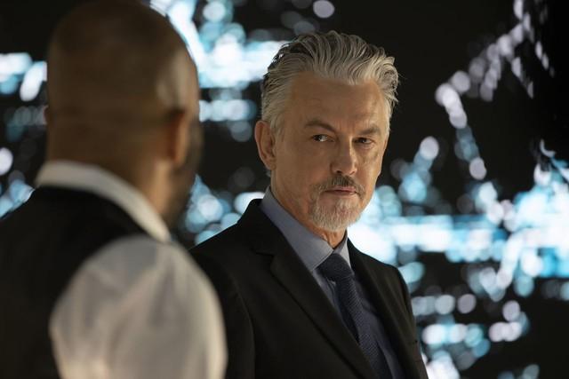 Bernard (Jeffrey Wright) muss eine Entscheidung treffen.