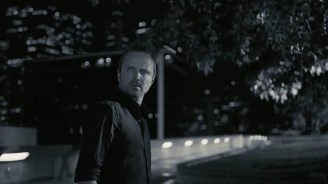 Calebs (Aaron Paul) Trip beginnt im Film Noir.