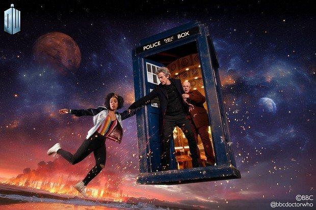 Companion Bill Potts (Pearl Mackie) mit dem Doctor (Peter Capaldi ) und Nardole (Matt Lucas)