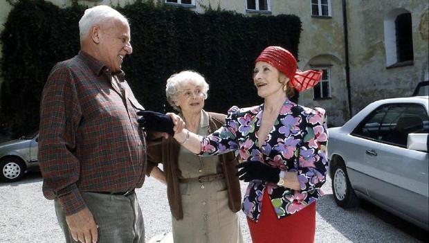 Vinzenz (Walter Buschhoff), Oma Herta (Bruni Löbel) und Oma Inge (Gisela Uhlen) in Staffel 3