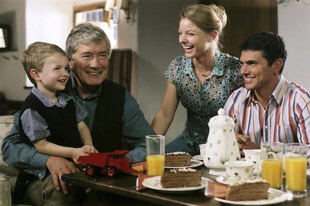 Nach Martins Abschied bleibt nur Markus mit Anna und David in Küblach.