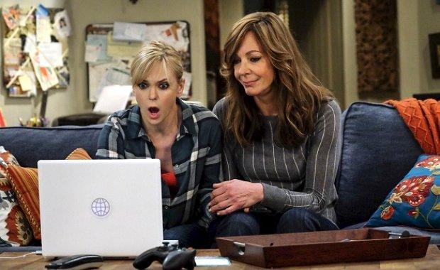 """""""Mom"""" befindet sich auf CBS derzeit in seiner dritten Staffel."""
