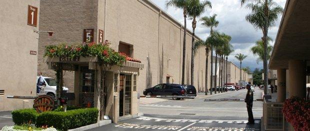 Der Weg zu den heiligen Hallen: die Soundstages der Warner Studios in Burbank.