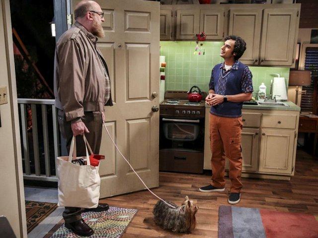 Beispiel für einen zurückgekehrten Gaststar: Bert passt auf Rajs Hund Cinnamon auf, während Raj nach Stockholm fliegt.